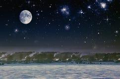 Céu nocturno Na vila no frio Foto de Stock