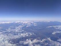 Céu, nuvens, terra Imagem de Stock Royalty Free