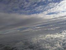 Céu, nuvens, terra Fotos de Stock