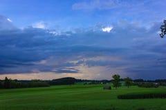 céu rural das nuvens de tempestade da terra Imagem de Stock