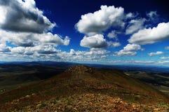 Céu sobre a montanha Fotografia de Stock