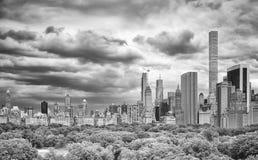Céu tormentoso sobre a skyline de Manhattan, New York, EUA Fotografia de Stock