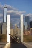 Céu vazio: Jersey City 9/11 de memorial no por do sol mostra o feixe do ferro de W T C r Imagens de Stock Royalty Free