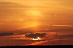 Céu vermelho da manhã Fotos de Stock Royalty Free