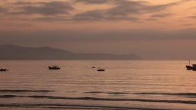 Céu Vietname da manhã do lapso de tempo da luz do sol video estoque