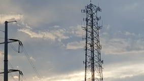 Céus bonitos das torres altas Fotos de Stock Royalty Free