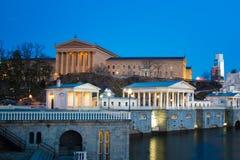Céus dramáticos acima do museu de arte de Philadelphfia Imagem de Stock
