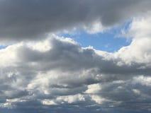 Céus nebulosos Imagem de Stock Royalty Free