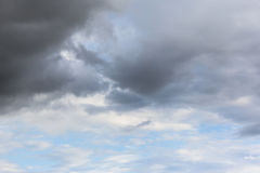 Céus nebulosos Fotos de Stock Royalty Free