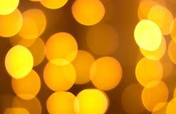 Círculo amarillo, fondo amarillo, resplandor amarillo Foto de archivo libre de regalías