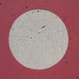 Círculo branco no contexto vermelho do grunge Imagem de Stock Royalty Free