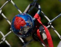 Círculo, cadeado dado forma coração do metal Imagem de Stock Royalty Free
