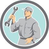 Círculo de Holding Spanner Wrench del mecánico retro stock de ilustración