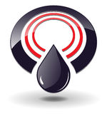 Círculo de la insignia 3D y gota negra del petróleo.