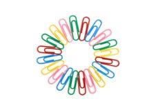 Círculo de los paperclips del color fotos de archivo
