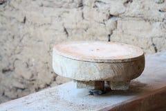 Círculo de madeira para a produção de potenciômetros de argila Imagem de Stock
