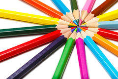 Círculo de mentira coloreado de los lápices Fotos de archivo libres de regalías