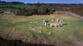 Círculo de pedra de Drombeg da vista aérea Cortiça do condado ireland imagens de stock royalty free