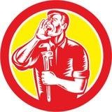 Círculo de Shouting Holding Wrench del fontanero retro libre illustration