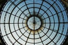 Círculo de vidro do telhado imagem de stock royalty free