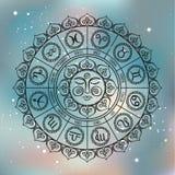 Círculo do zodíaco com sinais do horóscopo Ilustração desenhada mão Foto de Stock Royalty Free