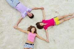 Círculo dos adolescentes fotos de stock royalty free