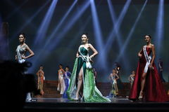 Círculo final da senhorita Supranational Thailand 2017 na fase grande a Imagem de Stock Royalty Free