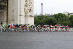 Círculo final Tour de France, Paris, França Competições de esporte Peloton da bicicleta Fotos de Stock Royalty Free
