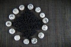Círculo preto branco dos doces Fotografia de Stock Royalty Free