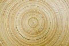 Círculos abstractos, opinión de madera del cierre de la placa Foto de archivo