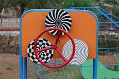 Círculos da ilusão da visão no parque imagens de stock