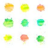 Círculos de la acuarela aislados en el fondo blanco Sistema de descensos pintados a mano coloridos Foto de archivo