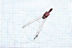Círculos do desenho do compasso imagens de stock royalty free