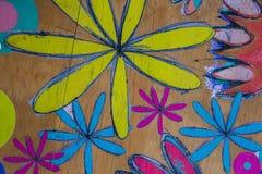 Círculos e flores pintados à mão coloridos para o uso do fundo fotos de stock