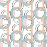 Círculos inconsútiles del modelo del remiendo en fondo rayado Foto de archivo libre de regalías