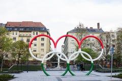Círculos olímpicos Budapest imagens de stock