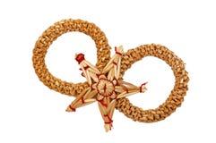 Círculos y estrella de la decoración de la Navidad de la paja Imágenes de archivo libres de regalías