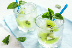 Cóctel de la bebida del kiwi Imagen de archivo