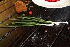 Cóctel de las bebidas del postre de las verduras de las pastas de las verduras del plato de la delicadeza de la carne de la comid imágenes de archivo libres de regalías