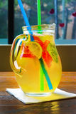 Cóctel hecho en casa de la limonada fresa de la menta de la cal Imágenes de archivo libres de regalías