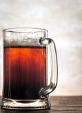 Cóctel negro y del moreno de la cerveza fotos de archivo