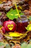 Cóctel para una sorpresa romántica imagen de archivo libre de regalías