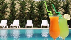 Cócteles de la bebida del verano metrajes