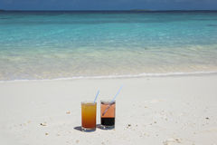 Cócteles en los Maldivas Imagen de archivo libre de regalías