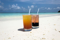Cócteles en los Maldivas Imagenes de archivo