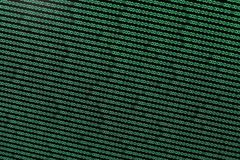 Código binario en verde en TFT imagenes de archivo