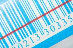 Código de barras azul con la tira del laser imágenes de archivo libres de regalías
