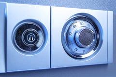 Código de cerradura seguro en perspectiva del banco de la caja de seguridad imagen de archivo libre de regalías