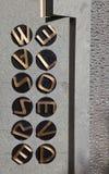 Código-Fractura del monumento en el parque de Bletchley Imagenes de archivo