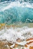 A cólera do mar imagem de stock